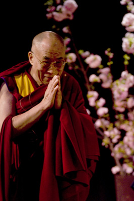 (RNS1-JUL12) The Dalai Lama has won the Nobel Peace Prize, but not all of his 13 predecessors might have qualified. For use with RNS-DALAI-LAMAS, transmitted July 12, 2011. RNS photo courtesy Rogers & Cowen.