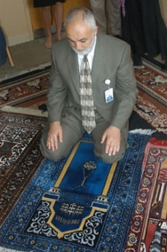 (RNS) Refat Abukhdeir, the Muslim chaplain at Advocate Christ Hospital and Medical Center in Oak Park, Ill., prays in the hospital's new Muslim prayer room. RNS file photo courtesy Advocate Christ Hospital.