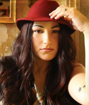 Jennifer Knapp is as shocked as anyone with her newfound role -- as a gay Christian artist urging fellow Christians to affirm homosexuals.