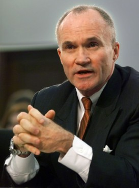 Muslim groups have called for the resignation of New York Police Department Commissioner Ray Kelly after the NYD admitted to screening a controversial film about Islam to 1,500 officers, and targetting Shiite mosques for surveillance.