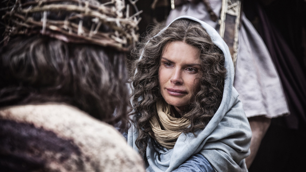 Actress Roma Downey plays Jesus' mother Mary in 'The Bible' drama documentary.  RNS photo courtesy History Channel.