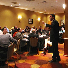 American Atheists president David Silverman addresses organization members at a fundraising dinner at the group's 50th annual convention in Austin.  RNS photo by Kimberly Winston