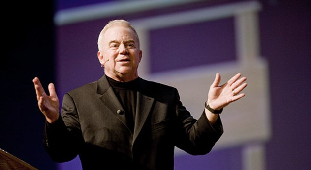 Jim Wallis, a powerful evangelical, says he now supports gay marriage.