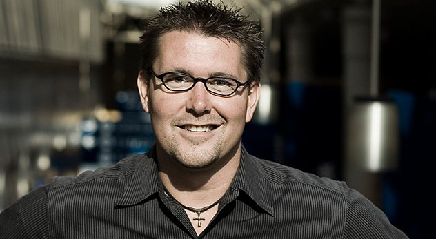 Pastor and bestselling author Mark Batterson lives a life of prayer and productivity.
