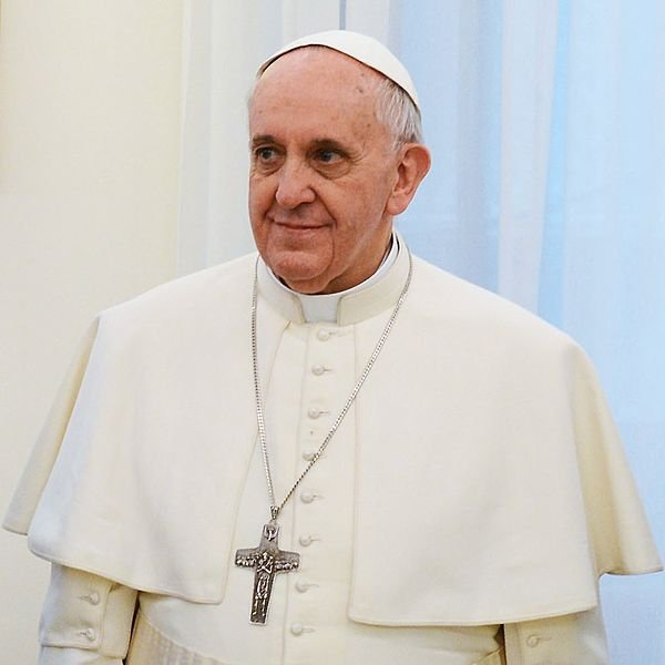 http://en.wikipedia.org/wiki/File:Pope_Francis_in_March_2013.jpg