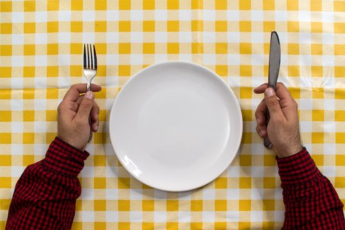 On the first Sunday of every month, Mormons give up food and water for a prescribed period. But those who can't or won't do a physical fast can try many other kinds of fasts. (Shutterstock; http://tinyurl.com/mffj9ww)