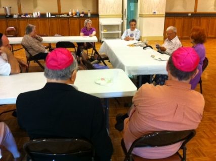 Friends of Yiddish meet every month at the Binai Tikovh-Sholom synagogue in Bloomfield, Conn. to practice a dying language. Photo by Ann Marie Somma/Hartford FAVS