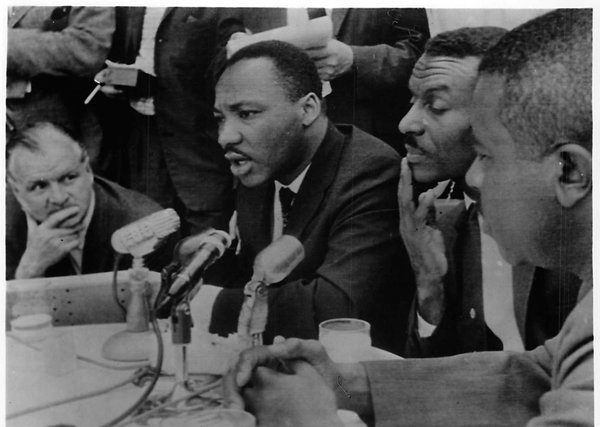 an analysis of martin luther king juniors iconic speech i have a dream Free essay: on august 28, 1963, dr martin luther king jr delivered one of the most famous speeches of all time to an audience of more than 200,000 civil.