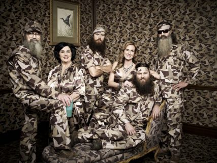 Willie, Korie, Miss Kay, Jase, Phil & Si Robertson of the A&E series Duck Dynasty. Photo courtesy Art Streiber/A&E ©2013 A&E Networks