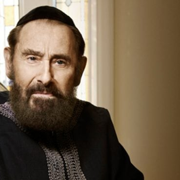Philip Berg, the rabbi who made an ancient strain of Jewish mysticism known as Kabbalah popular among the Hollywood elite, died Monday (Sept. 16).