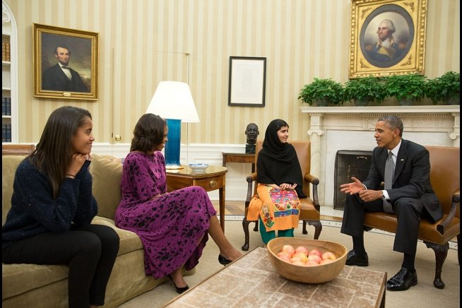 Malala meeting at the White House with President Obama and family.