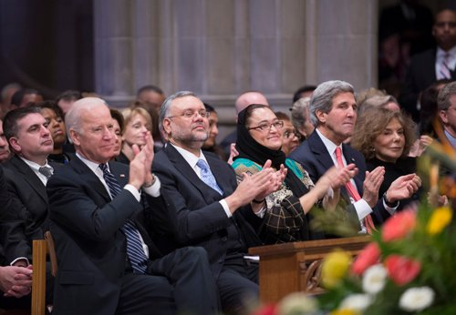 Vice President Joe Biden, left, led mourners at Washington National Cathedral in paying tribute to former South African President Nelson Mandela. Photo courtesy Donovan Marks / Washington National Cathedral.