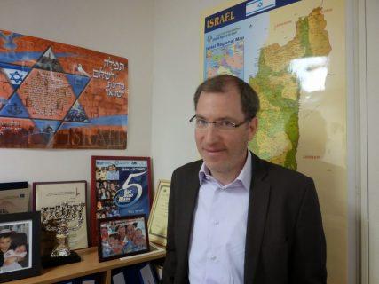 Ariel Kandel of the Jewish Agency in Paris. RNS photo by Elizabeth Bryant