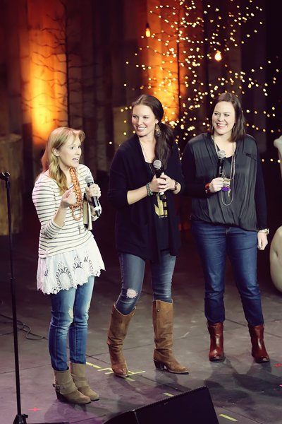 Evangelical women look beyond Bible study to new causes - Religion