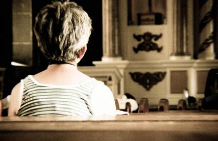 Praying. Photo courtesy Ronald Repolona via Flickr Creative Commons.