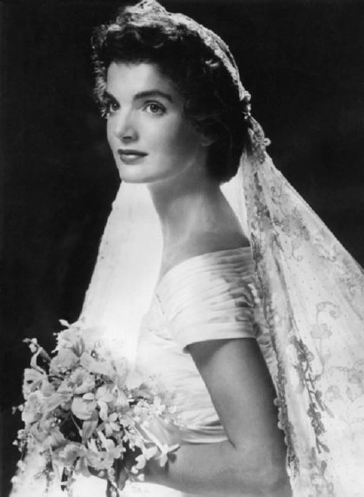 Jackie Kennedy on her wedding day. Photo public domain via Wikimedia Commons (http://bit.ly/1hOg2n5)