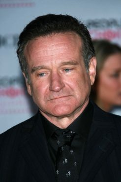 Robin Williams arriving at The 33rd Annual People's Choice Awards in 2007.