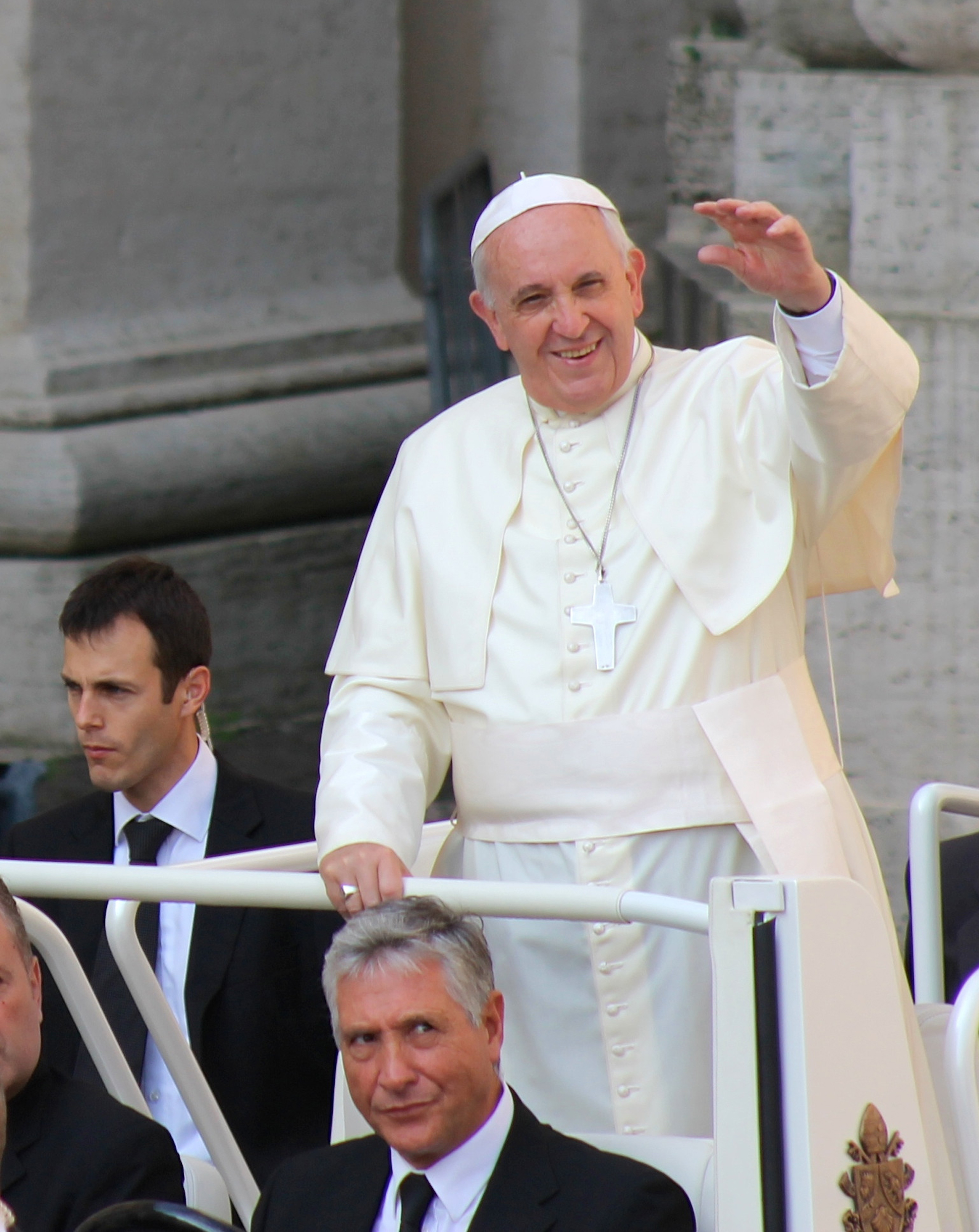 Preparation for conception: analyzes and surveys of the future of the pope