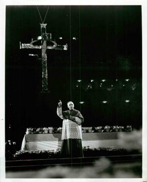 Preaching at a Holy Year service conducted by the Archdiocese of New Orleans in the new Louisiana Superdome, Archbishop Fulton J. Sheen addresses a crowd in excess of 75,000 in 1975. Religion News Service file photo