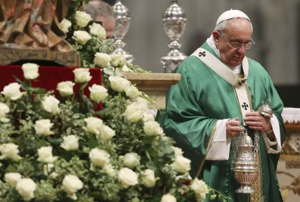 (RNS) Pope Francis celebrates a mass in St. Peter's Basilica at the Vatican, February 15, 2015. Photo by REUTERS/Alessandro Bianchi. * This photo can only be used with RNS-POPE-CHALLENGE, transmitted Feb. 15, 2015.
