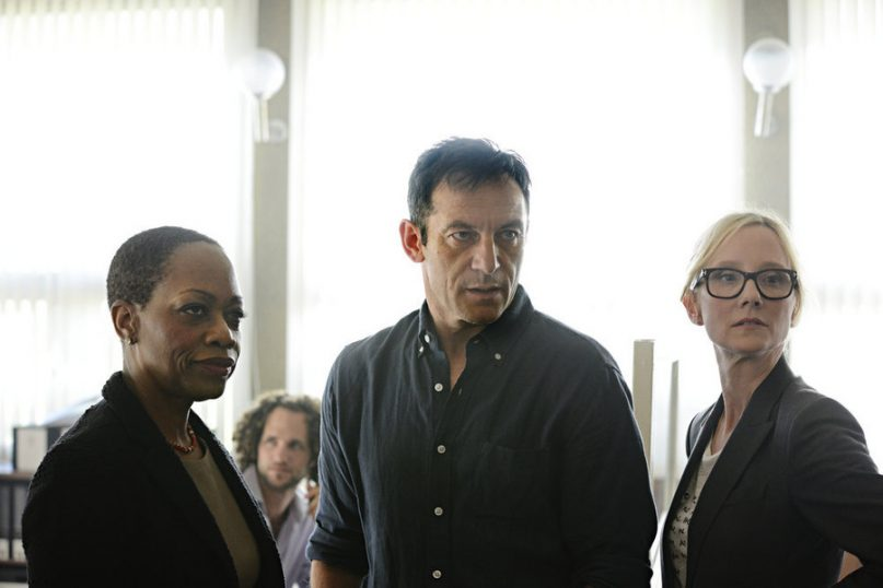 Left to right, Regina Taylor as Ruth Ridell, Jason Isaacs as Peter Connelly, and Anne Heche as Lynn Monahan in the first season of