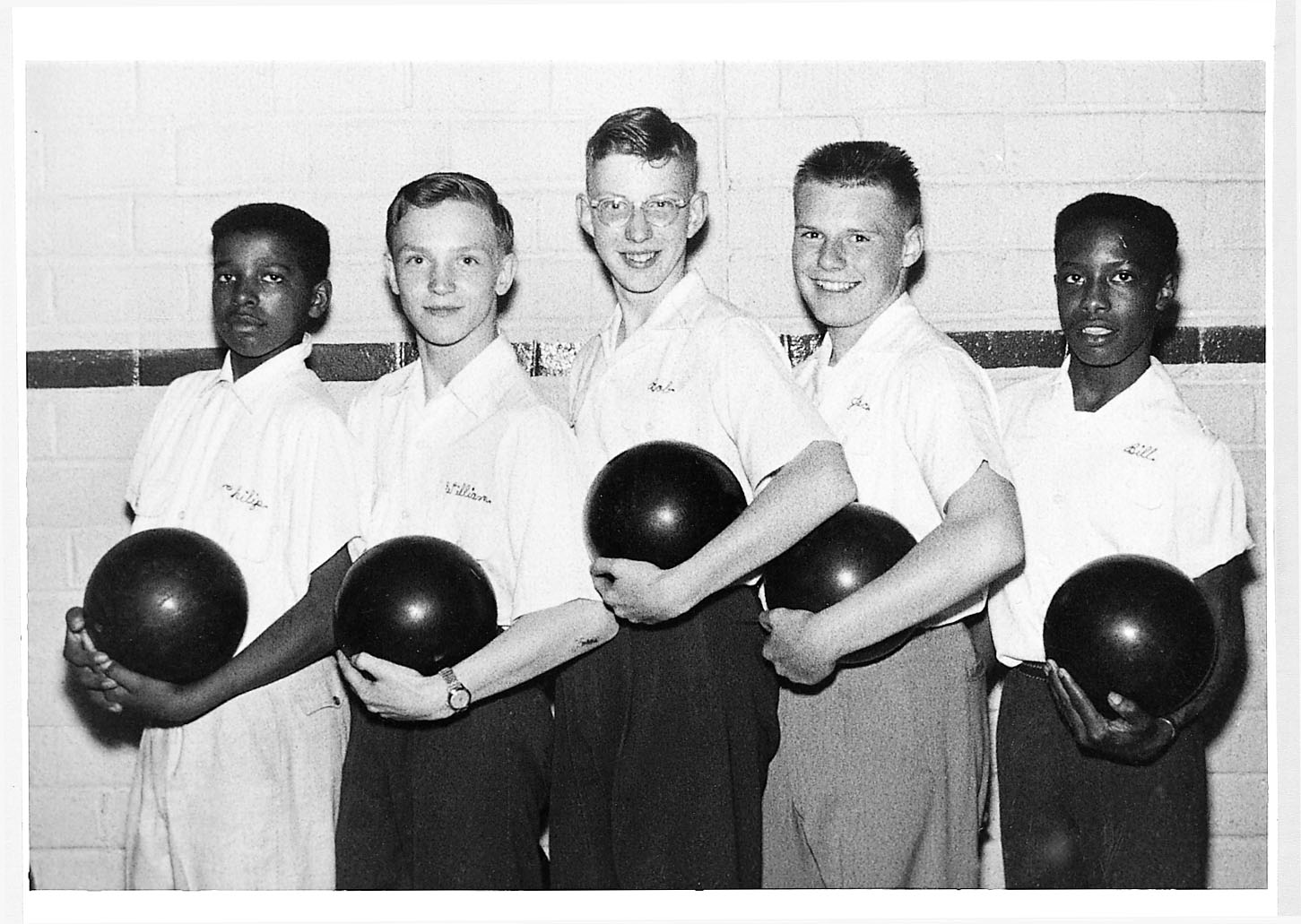 Robert Putnam (center, tallest on the team) bowled on his Port Clinton, Ohio, school team. He objects to schools that now require students to pay fees for school extracurricular activities including sports. Photo courtesy of Robert Putnam