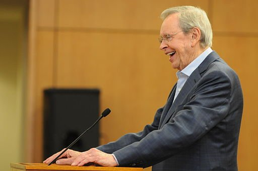 Dr. Charles Stanley, senior pastor of First Baptist Church, and founder of In Touch Ministries, thanks U.S. Soldiers and their families for their service to the nation during his speech at the All American Chapel of Fort Bragg, N.C., on Nov. 6, 2013.
