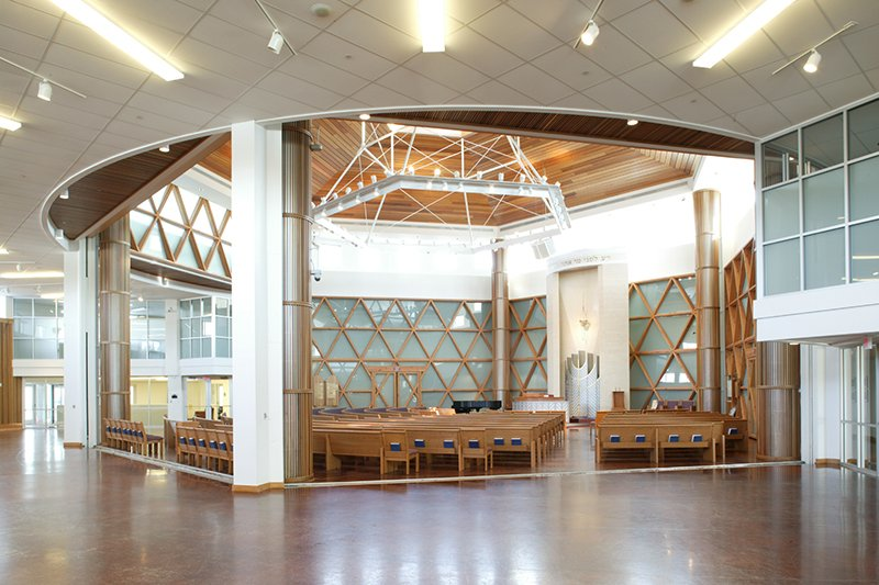 Sanctuary of Bet Shalom synagogue, designed by Bentz/Thompson/Rietow with a building committee that included those with disabilities. Photo courtesy of Philip Prowse Photography