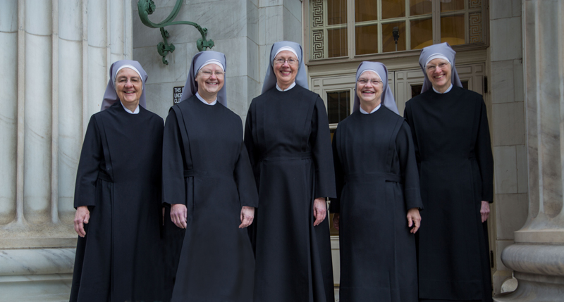 Little Sisters of the Poor entering court house at 10th Circuit Court of Appeals for oral arguments. Photo courtesy of The Becket Fund for Religious Liberty