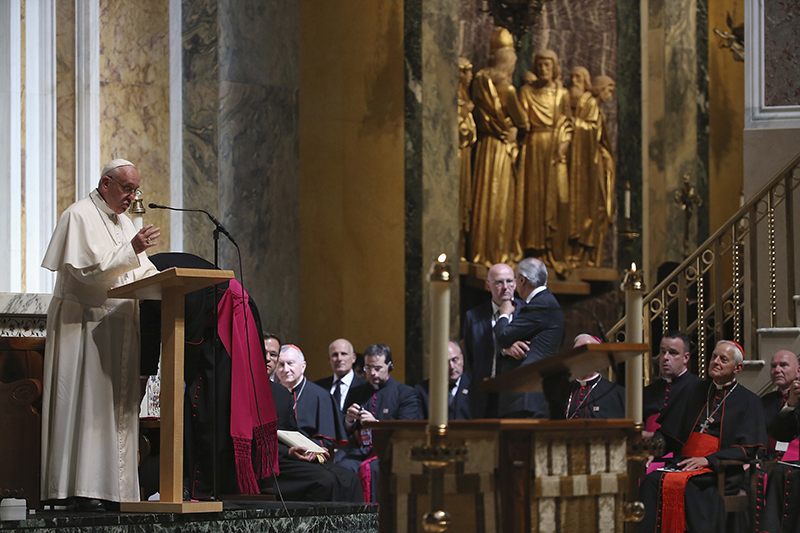 Pope Francis speaks to bishops during the midday prayer service at the Cathedral of St. Matthews in Washington on September 23, 2015. Photo courtesy of REUTERS/Mark Wilson/Pool *Editors: This photo may only be republished with RNS-POPE-BISHOPS, originally transmitted on Sept. 23, 2015.