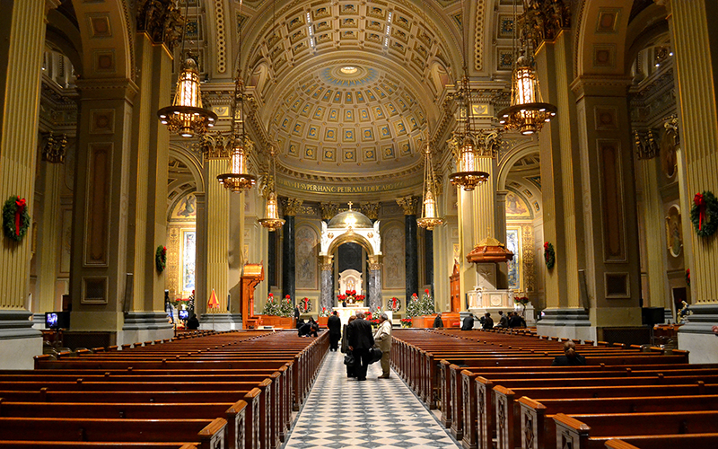 Image of the interior of the Cathedral Basilica of Saints Peter and Paul in Philadelphia, Pa. Photo courtesy of Interstate295r via Wikimedia Commons