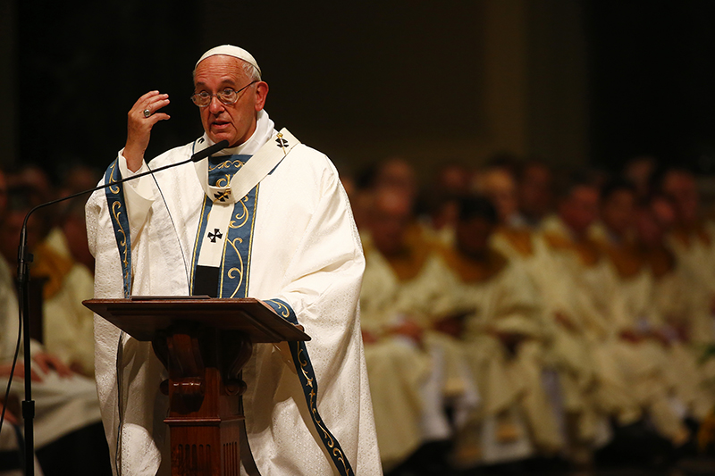 Pope Francis celebrates mass at the Cathedral Basilica of Saints Peter and Paul in Philadelphia, on September 26, 2015. Photo courtesy of REUTERS/Tony Gentile *Editors: This photo may only be republished with RNS-POPE-PHILLY, originally transmitted on Sept. 26, 2015.