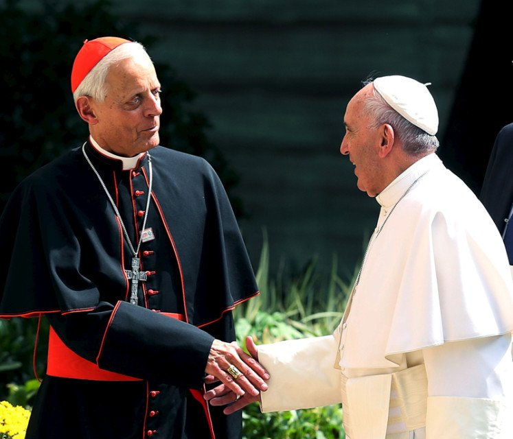 Pope Francis greets the Archbishop of Washington, Cardinal Donald Wuerl, upon returning to the Vatican Embassy in Washington on day three of his first visit to the United States on September 24, 2015. Photo courtesy of REUTERS/Gary Cameron *Editors: This photo may only be republished with RNS-AMERICANS-SYNOD, originally transmitted on Oct. 19, 2015.