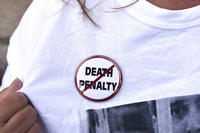 An anti-death penalty button is worn by a demonstrator attending a protest against the scheduled execution of convicted murderer Richard Glossip, at the state capitol in Oklahoma City, Oklahoma on September 15, 2015. Photo courtesy of REUTERS/Nick Oxford *Editors: This photo may only be republished with RNS-EVANGELICALS-DEATH, originally transmitted on Oct. 20, 2015.