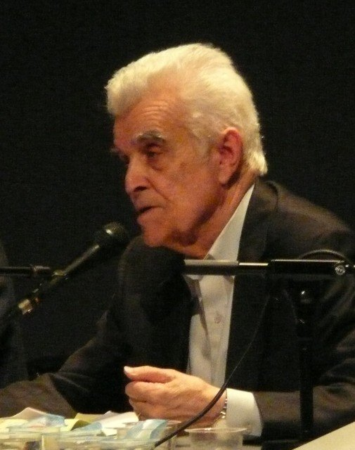 French philosopher René Girard during a colloquium in Paris in 2007. Girard, who wrote about religion and violence, died Nov. 4. PHOTO: Wikipedia/Vicq.