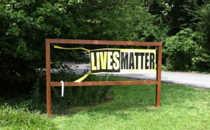 River Road UU Congregation of Bethesda, MD, had its Black Lives Matter banner vandalized.