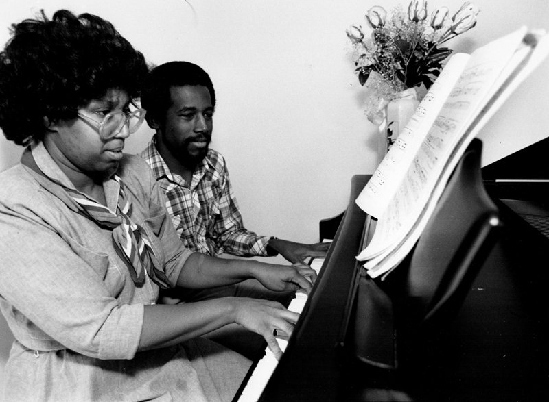 Candy Carson, left, and Ben Carson at the piano in the late 1980s. Photo courtesy of the Carson family