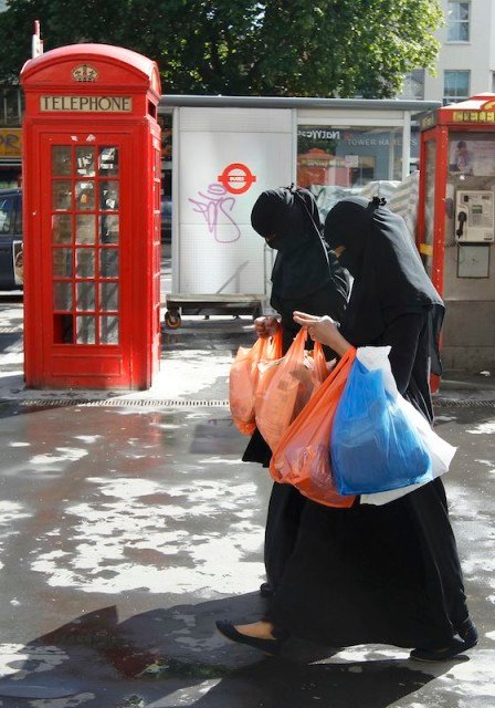 Muslim women in England will be offered English classes and tested within three years of arrival or they may be asked ot leave Britain.  REUTERS/Luke MacGregor/files