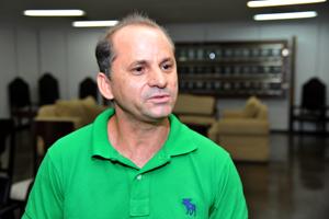 Evangelical minister - Miguel Bernadino Viveiros from the Senador Canedo Baptist Church in Goiás. Photo courtesy of Goiás Courts of Justice