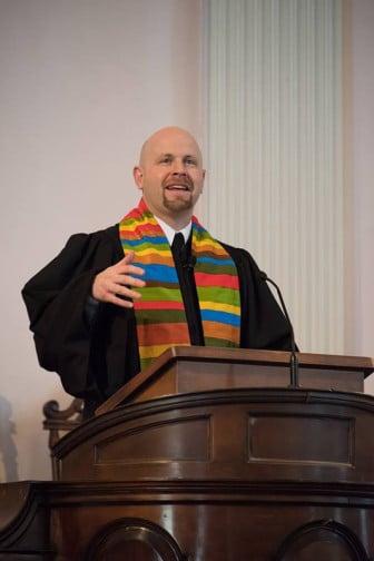Rev. Rob Keithan preaching at All Souls Church Unitarian. Photo courtesy of Ben David Johnson