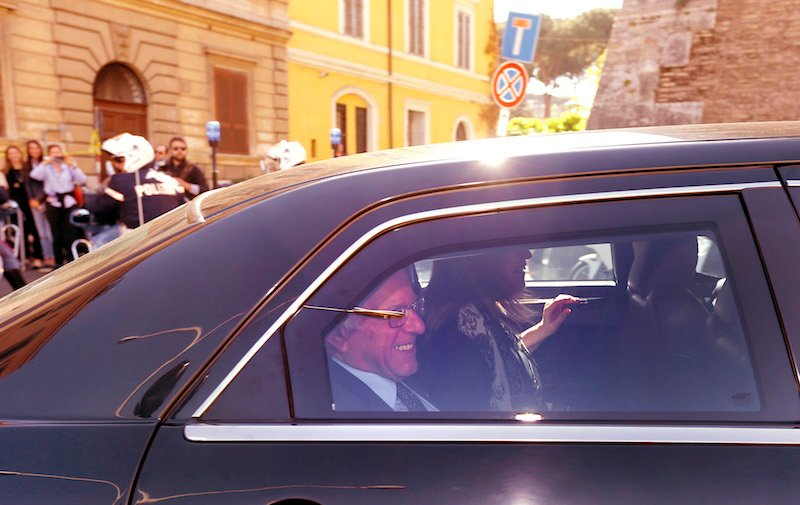 Sen. Bernie Sanders met the pope while he and his wife Jane were in Rome for him to speak at the Vatican on the economy. April 15, 2016. REUTERS/Stefano Rellandini