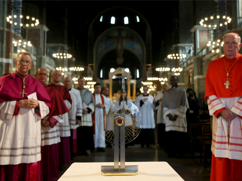 Members of the Catholic church view the Hungarian relic of St Thomas a Becket