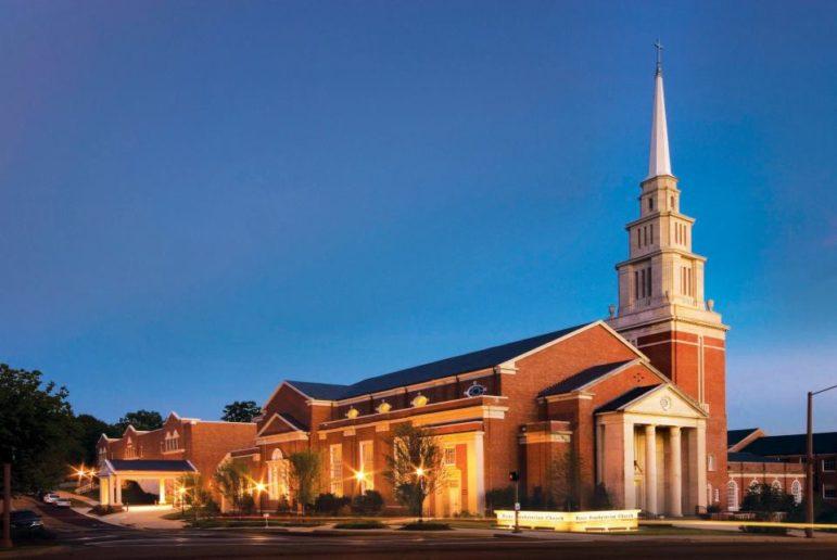 First Presbyterian Church, Jackson, Mississippi. Source: Wikicommons. https://commons.wikimedia.org/wiki/File:First_Presbyterian_Church_in_Jackson,_Mississippi.jpg