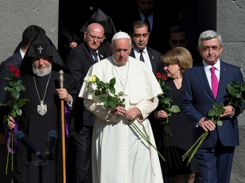 Pope Francis, Catholicos of All Armenians Karekin II and Armenian President Serzh Sarksyan