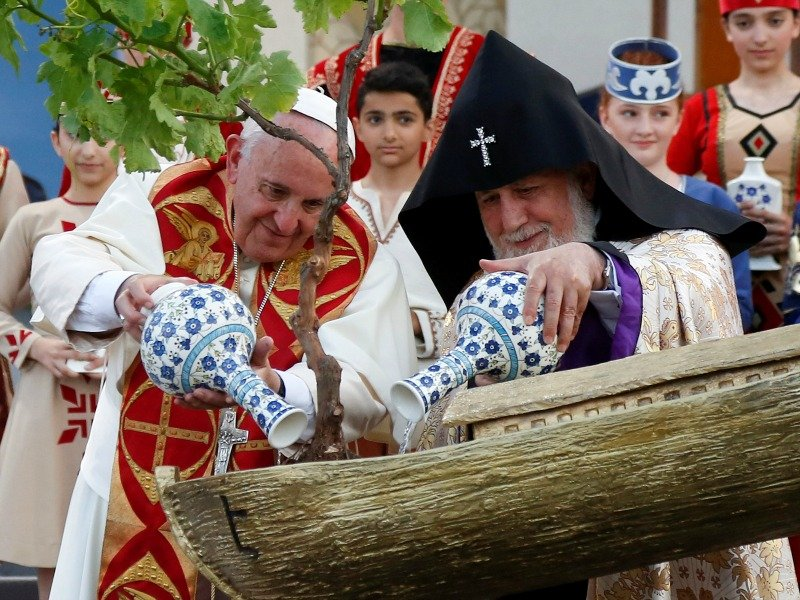 Pope Francis and Catholicos of All Armenians Karekin II water a tree