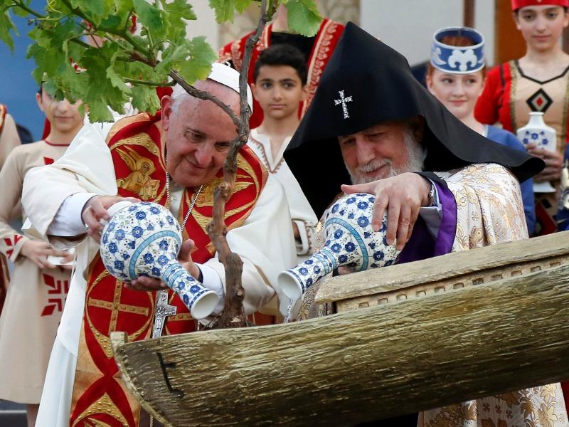 Pope Francis and Catholicos of All Armenians Karekin II water a tree