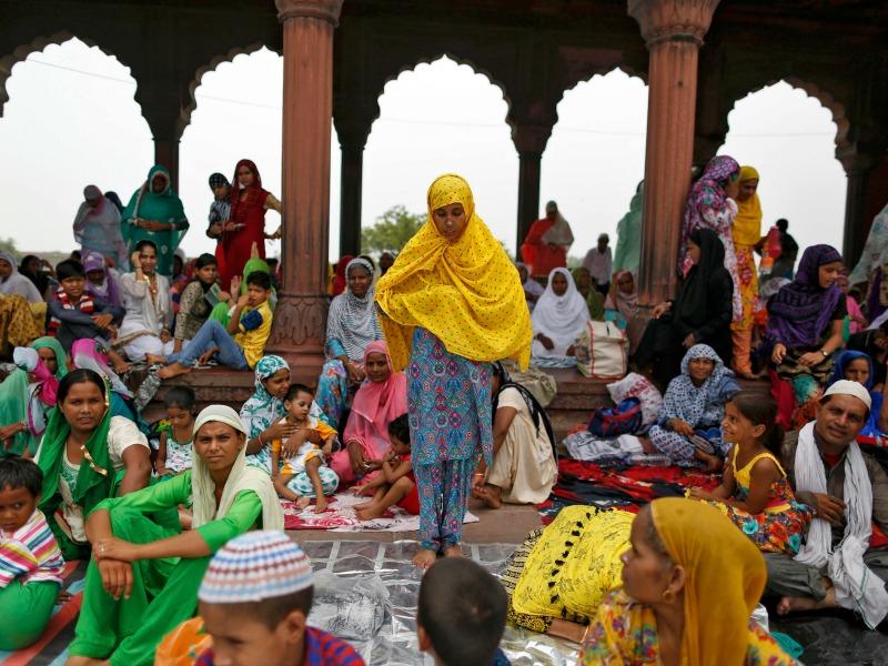 A Muslim woman prays