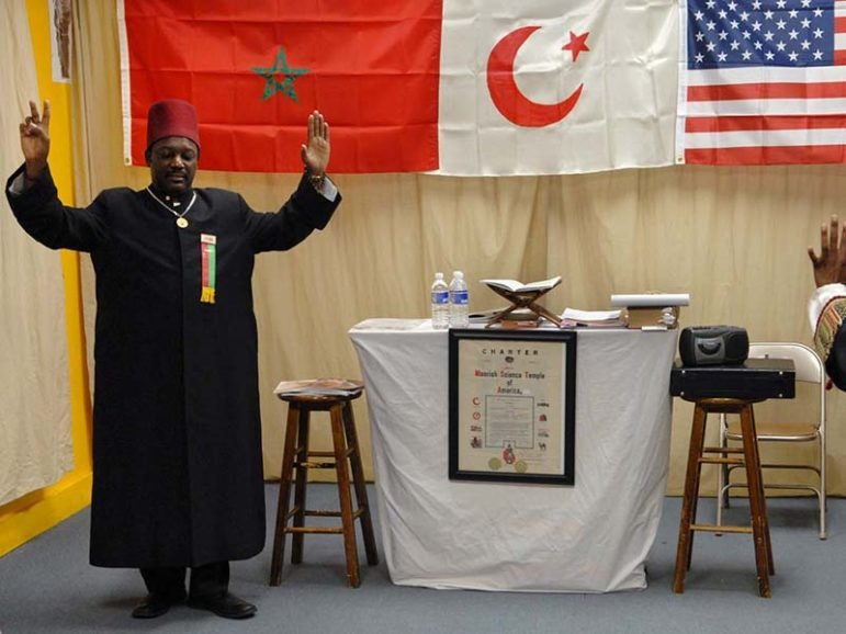 (RNS3-FEB27) Jakada Makkah Bey leads services at the Moorish Science Temple No. 4, in Syracuse, N.Y. For use with RNS-MOORISH SCIENCE, transmitted July 19, 2016, or RNS-MOORISH-ISLAM, transmitted Feb. 27, 2008. Religion News Service photo by Lauren Long/The Post-Standard of Syracuse, N.Y.