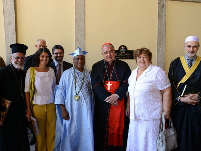 Brazil's multifaith religious leaders. Photo courtesy of Foco News