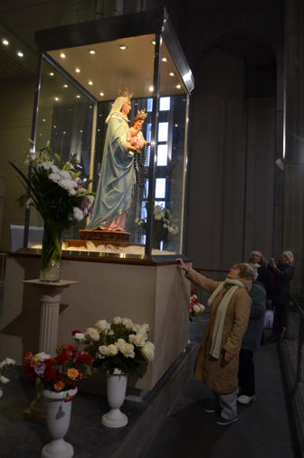 An icon of the Virgin Mother draws visitors inside the Shrine of Our Lady of the Rosary of San Nicolas on July 25, 2016, in San Nicolas de Arroyos, Argentina. RNS photo by Fernando Poggi